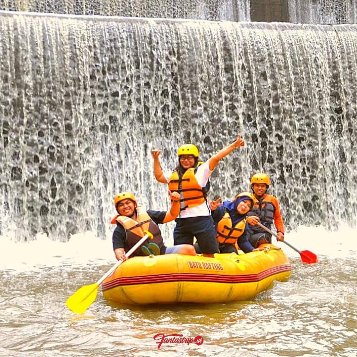 wisata-arung-jeram-batu-rafting