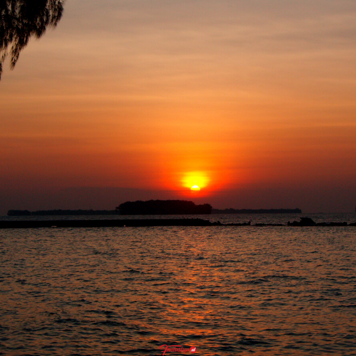 paket-wisata-pulau-pelangi-pulau-seribu-utara