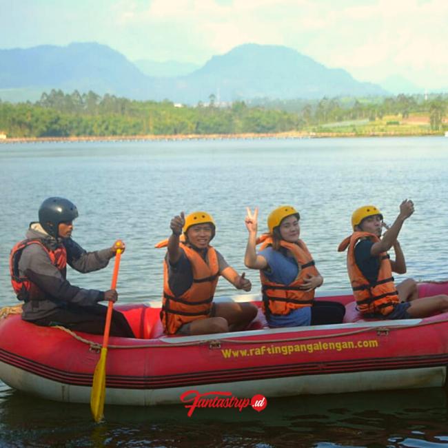 wisata-rafting-pangalengan-arung-jeram-bandung