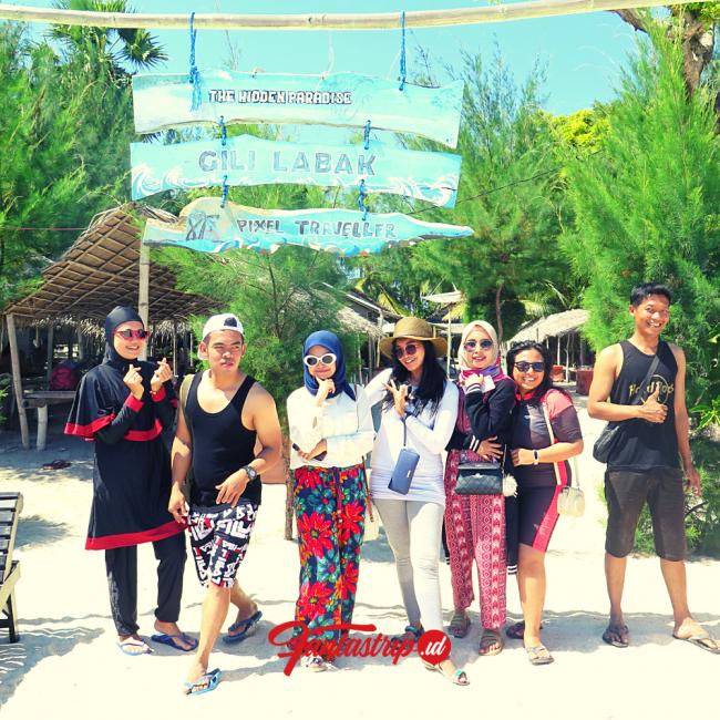 wisata-open-trip-private-trip-gili-labak-pantai-9-madura