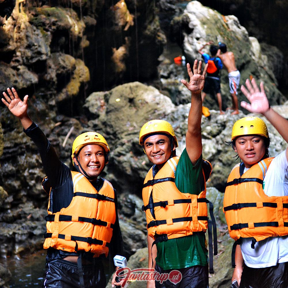 start guha bau green canyon